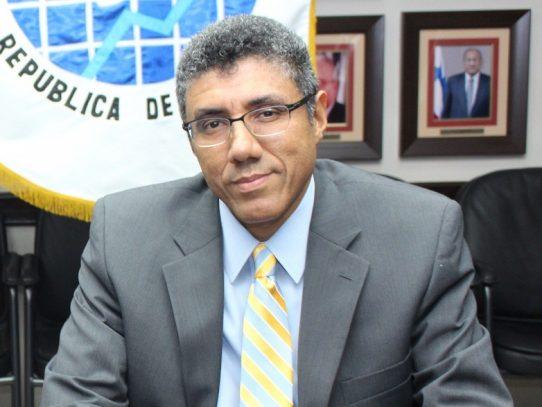 Director de la DGI confirma que recibió jugoso bono de 36 mil dolares