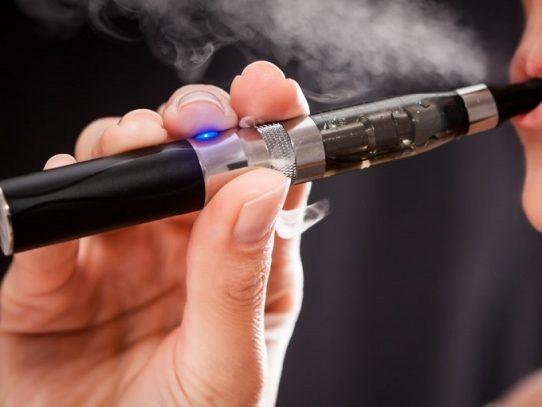 Chile lanza proyecto de ley para regular uso de cigarrillos electrónicos