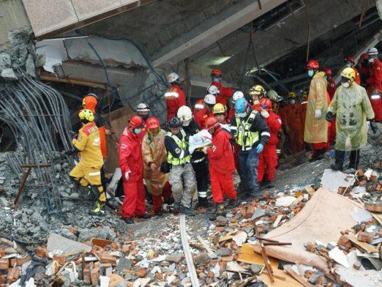 Siete muertos y más de 250 heridos en un terremoto en Taiwán