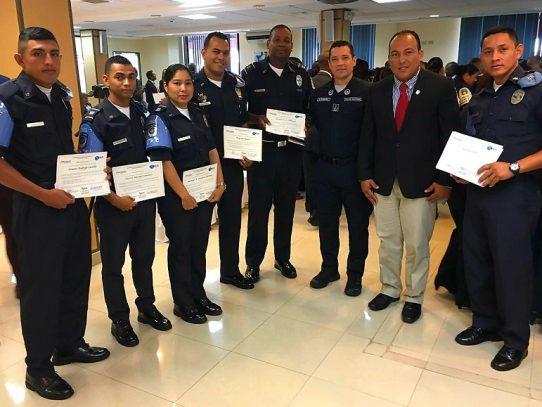 Culminan Diplomados en temas de Seguridad Ciudadana y Prevención de la Violencia