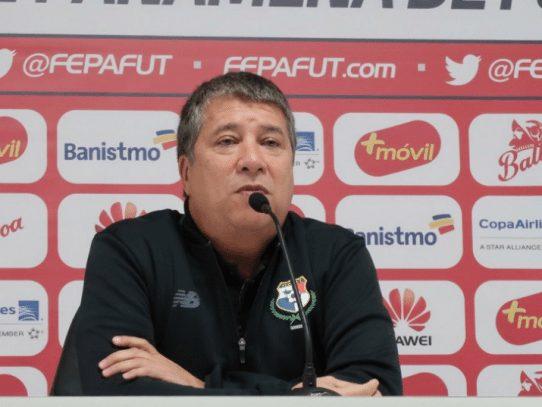 """""""Bolillo"""" Gómez: Panamá va al Mundial de Rusia sin complejos"""