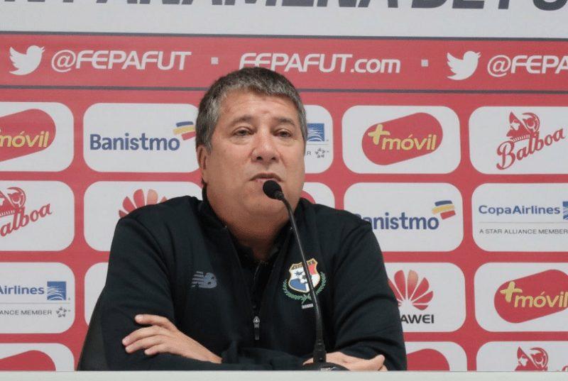 'Bolillo' Gómez prueba por primera vez con el once inicial contra Bélgica