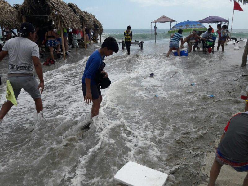 Aviso de prevención por oleajes se mantiene para ambos litorales
