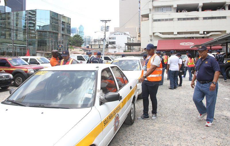 Contraloría inspecciona 514 vehículos de Estado en primeras horas del Carnaval