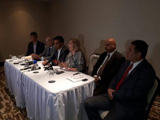 Recolecta de firmas trae polémica entre candidatos independientes