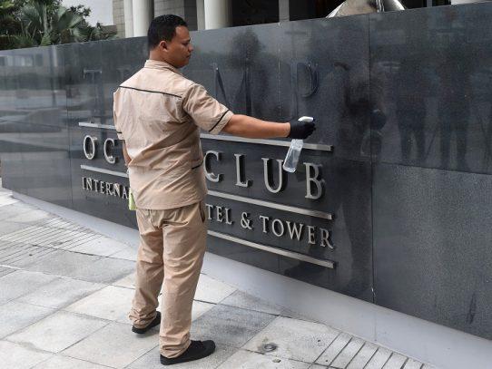 Dueño de hotel en Panamá insinúa que expulsó a compañía Trump