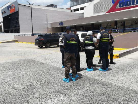 Sospechoso por doble asesinato en Centenial queda detenido
