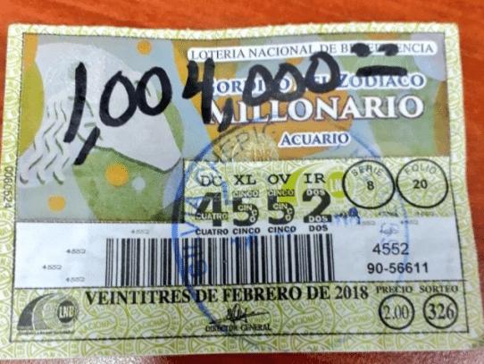 Ganadora del Gordito del Zodiaco Millonario reclama su premio dos semanas después