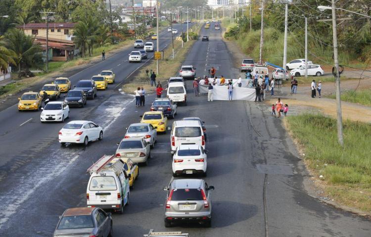 Segundo día de huelga en Colón inicia con volanteos y piqueteos