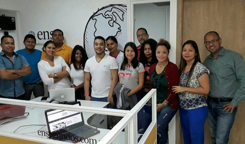 Alumnos de periodismo de la UDI visitan el diario digital En Segundos