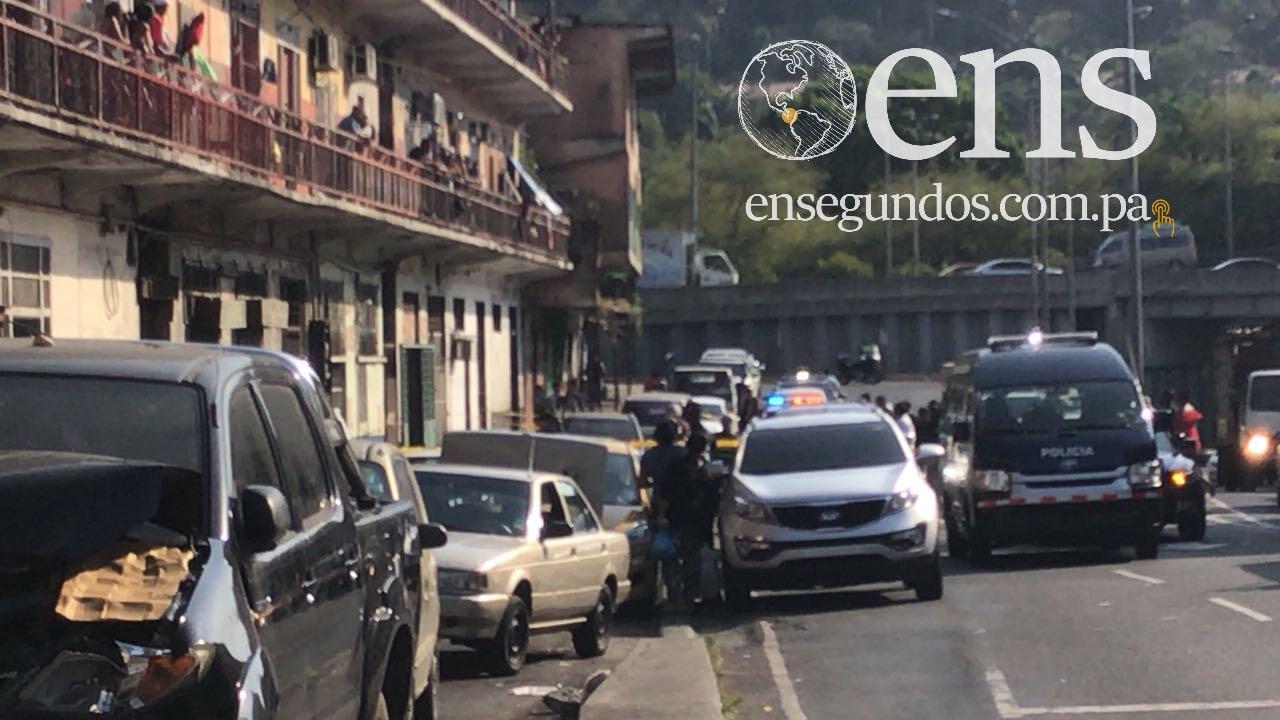 Comerciante chino asesina a su esposa a tiros en Avenida Nacional