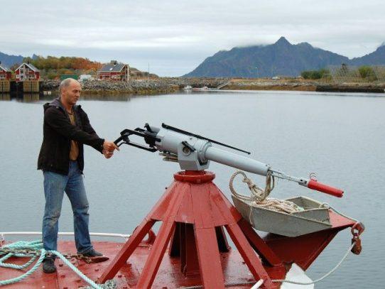 Noruega aumenta sus cuotas para reanimar la caza de ballenas