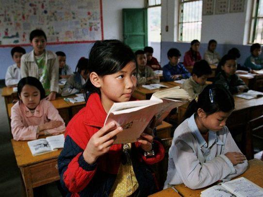 El Banco Mundial invierte más en la educación de las niñas