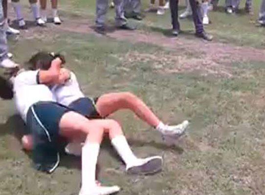 MP: videos de riñas entre colegialas atenta contra los derechos humanos