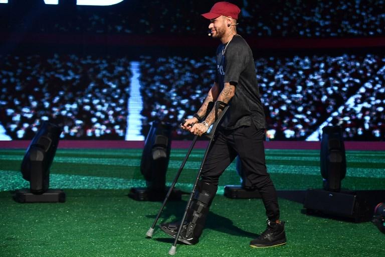 Neymar seguirá fuera de los campos de juego hasta el 17 de mayo como mínimo
