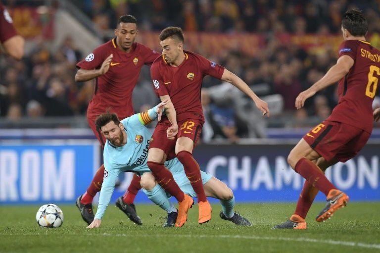 La Roma rompe los pronósticos ante el Barça, Liverpool doma al City