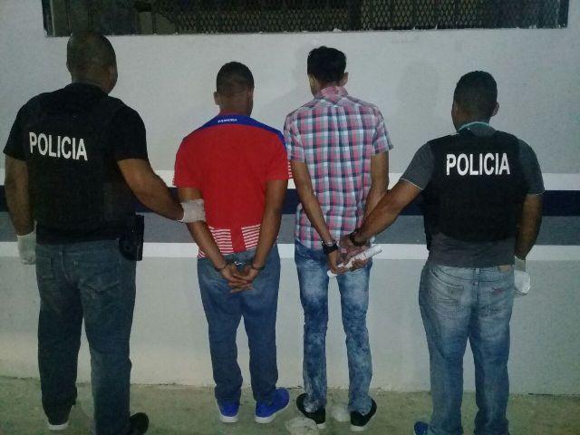 Detienen a dos sujetos en Chepo con 25 paquetes de presunta droga