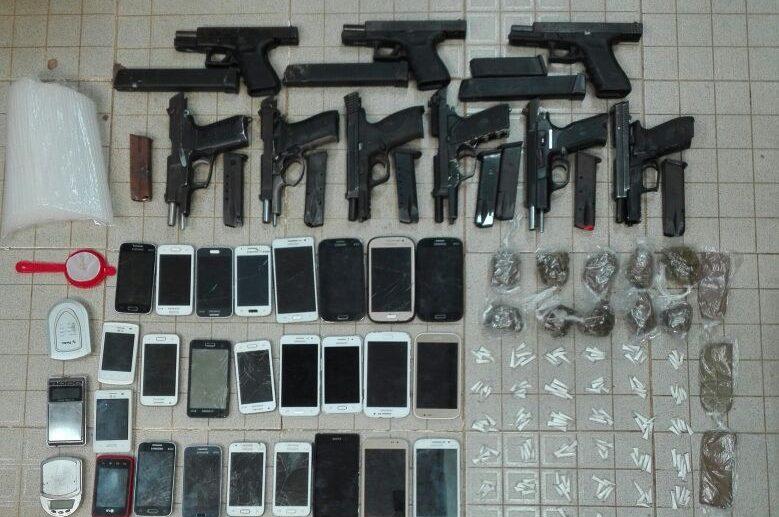 Diputado propone que telefónicas no presten servicios en las cárceles