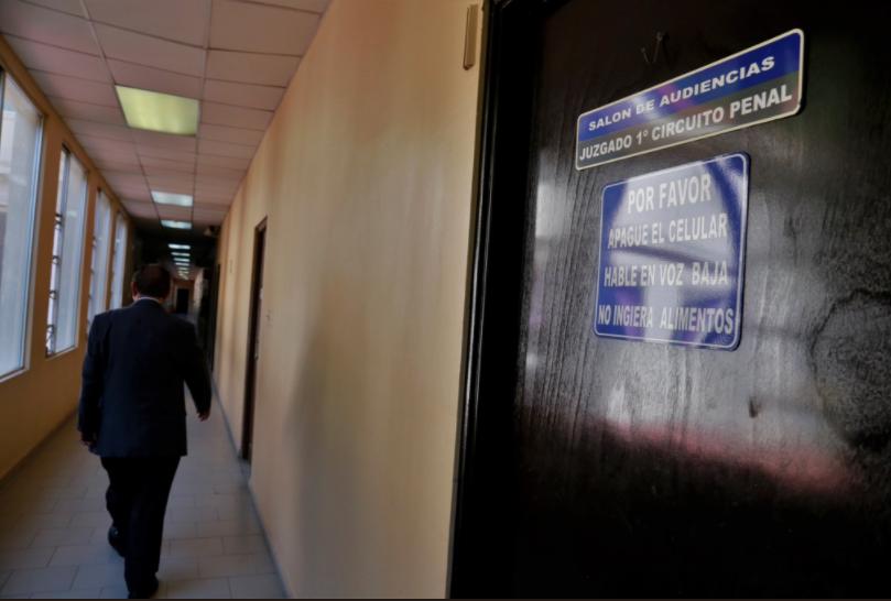 Inicia audiencia a exminitro Ferrufino por supuesto delito de blanqueo de capitales