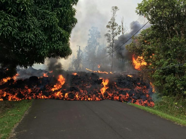 El volcán hawaiano Kilauea genera nuevas fisuras y se temen más erupciones