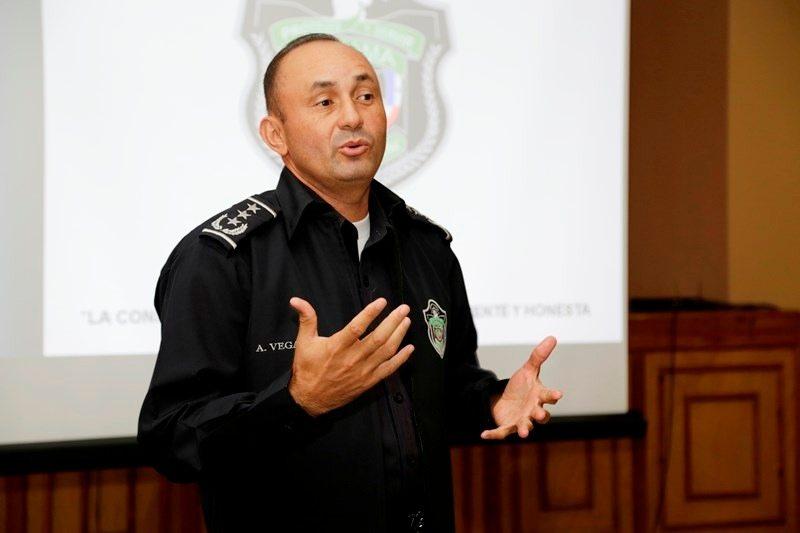 Policía Nacional evalúa nuevo aumento para sus agentes