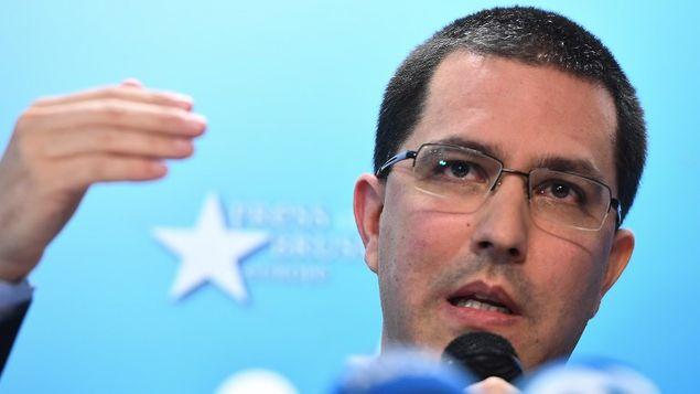 Gobierno venezolano denuncia que Canadá impide instalación de centros electorales