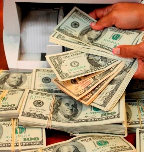 Retienen más de $ 50 mil dólares mal declarados a 3 extranjeros en el Aeropuerto de Tocumen