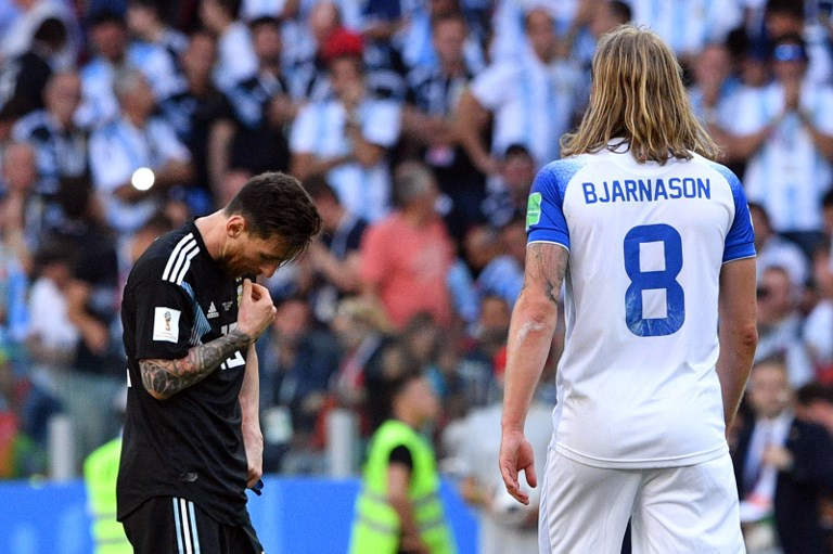 Argentina empata 1-1 ante Islandia y Messi falla un penal