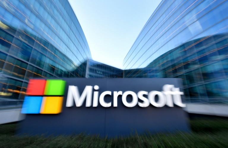 """Microsoft dice que """"escucha"""" conversaciones solo con permiso de usuarios"""