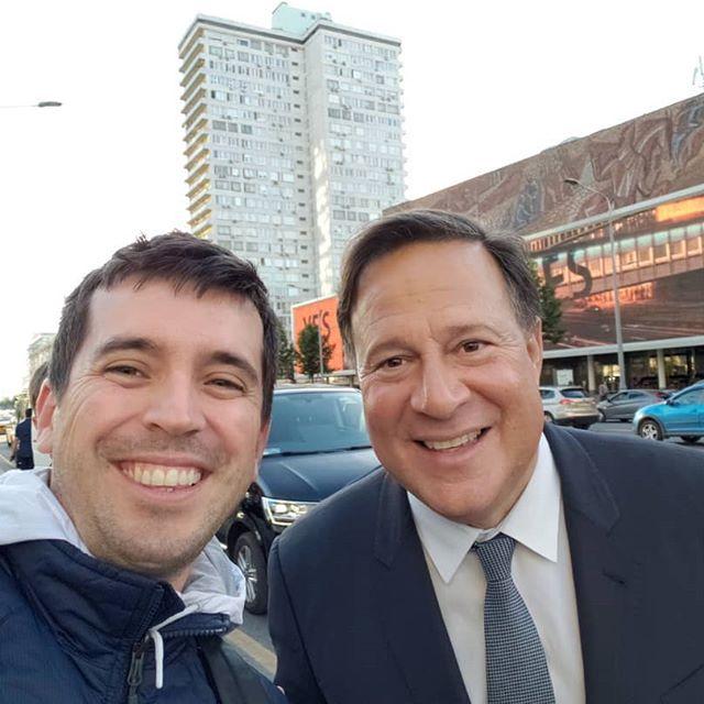 Presidente Varela entre los fanáticos de la Copa del Mundo