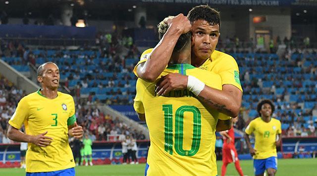 Brasil derrota a Serbia 2-0 y asegura el pase  a los Octavos de Final