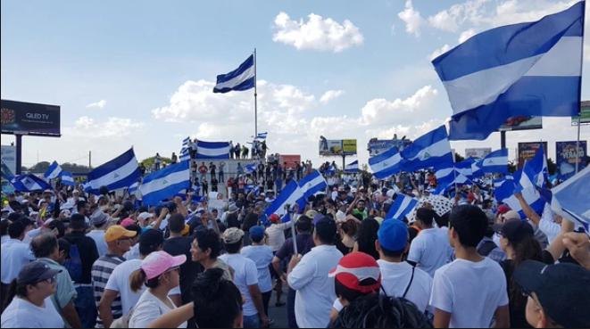 Panamá activa CECODI en apoyo a transportistas panameños afectados en Nicaragua