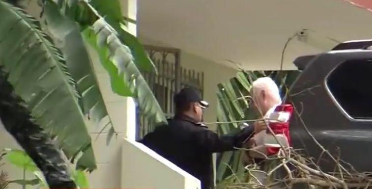 Expresidente Martinelli se encuentra de vuelta en El Renacer tras ser estabilizado