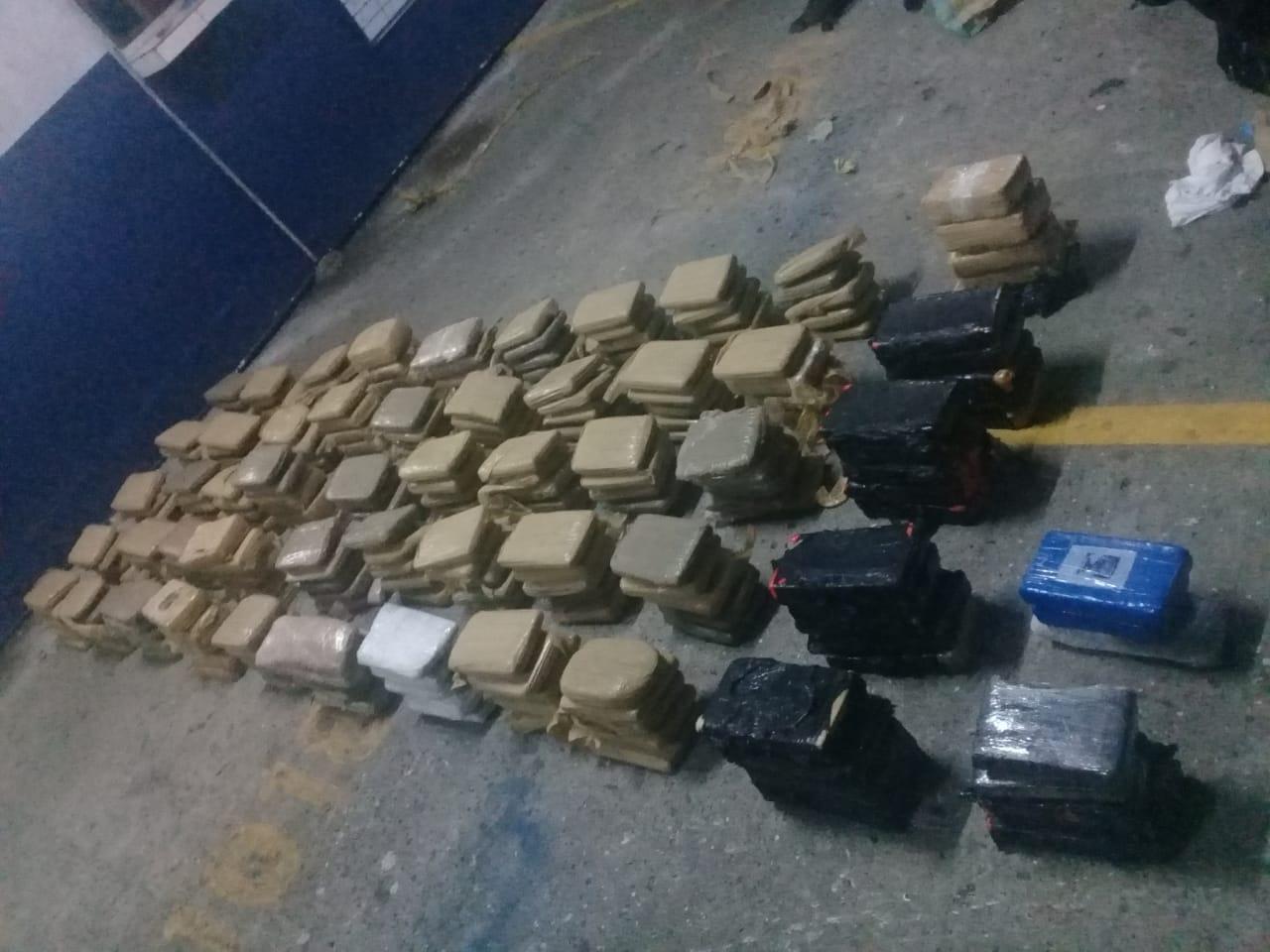 Decomisan 258 paquetes de droga dentro de un vehículo en la vía Ricardo J. Alfaro