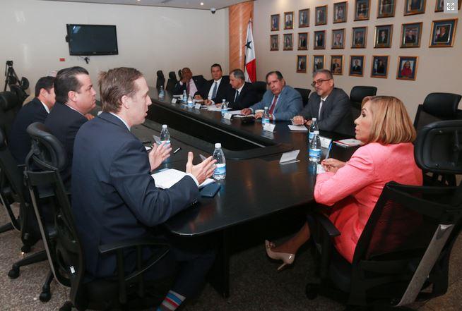Asamblea formará parte de las negociaciones del TLC con China