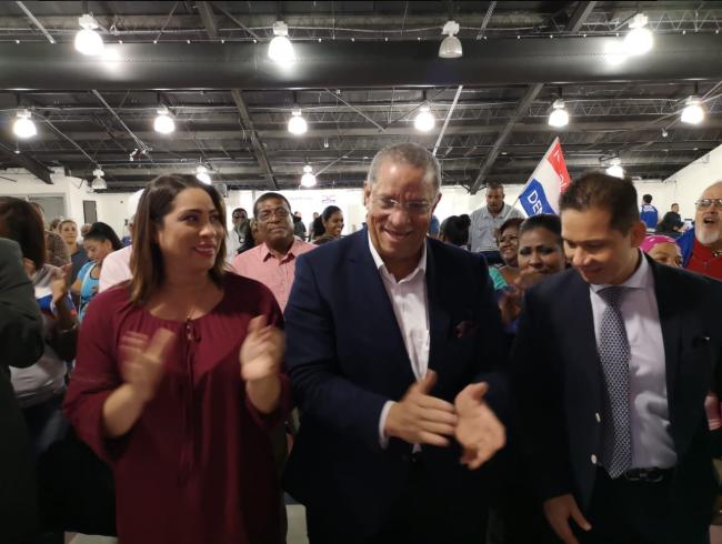 Camilo Alleyne se suma a la lista de precandidatos pesidenciales por el PRD