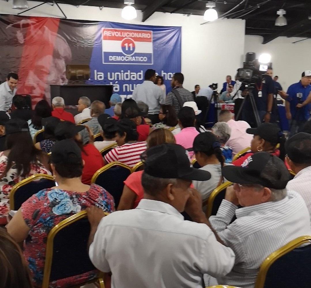 PRD asigna números de casillas a precandidatos presidenciales