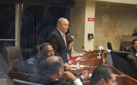 Castillo dice que tiene demasiados compromisos para presidir Comisión de Credenciales