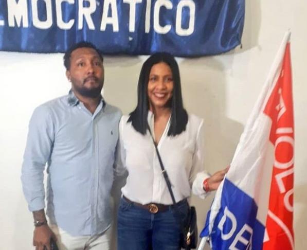 Rouss Laguna se postuló a candidata a diputada por el PRD