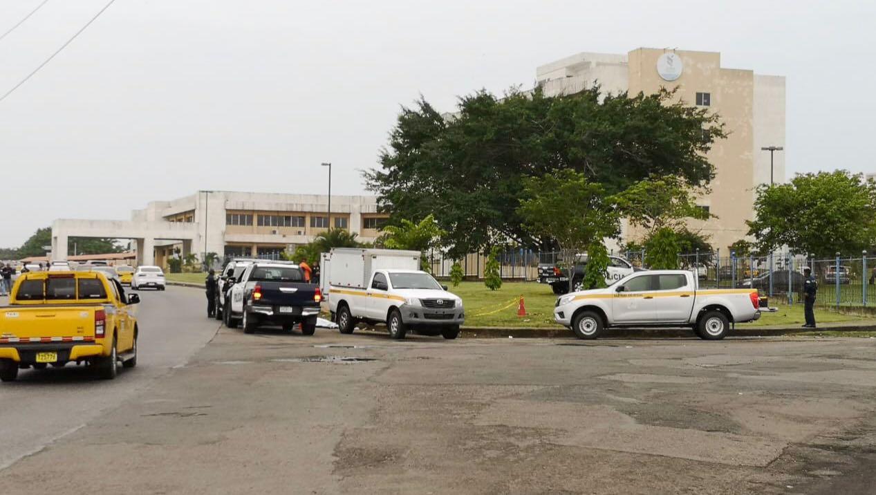 Hallan el cadáver de una mujer en las inmediaciones del hospital Nicolás A. Solano