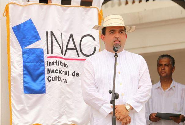 Subdirector del INAC tendrá que pagar su deuda de roaming