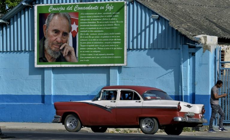 Cuba debate su Constitución en el aniversario del nacimiento de Fidel Castro