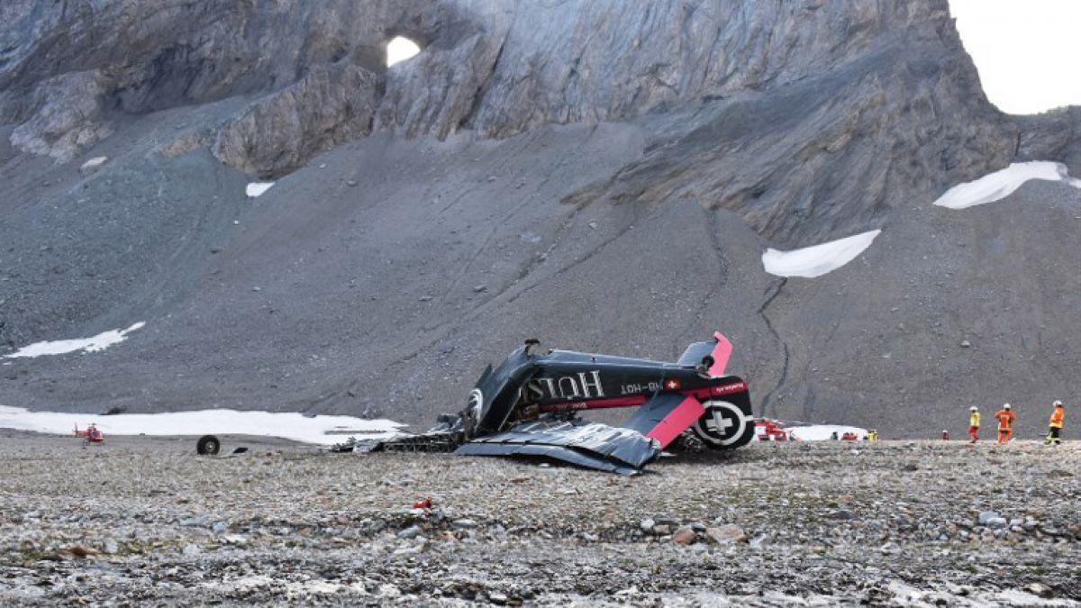 Mueren 20 personas en Suiza en un accidente de avión militar de colección