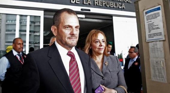 Contralor denuncia ante la CSJ a diputado Ávila