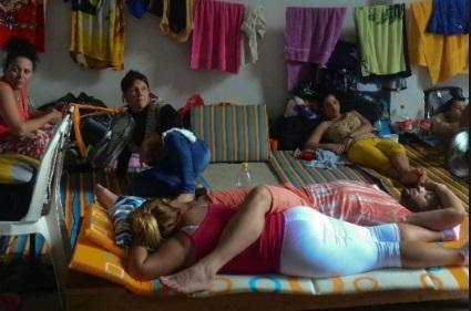 Rescatan a 39 cubanos secuestrados en Cancún
