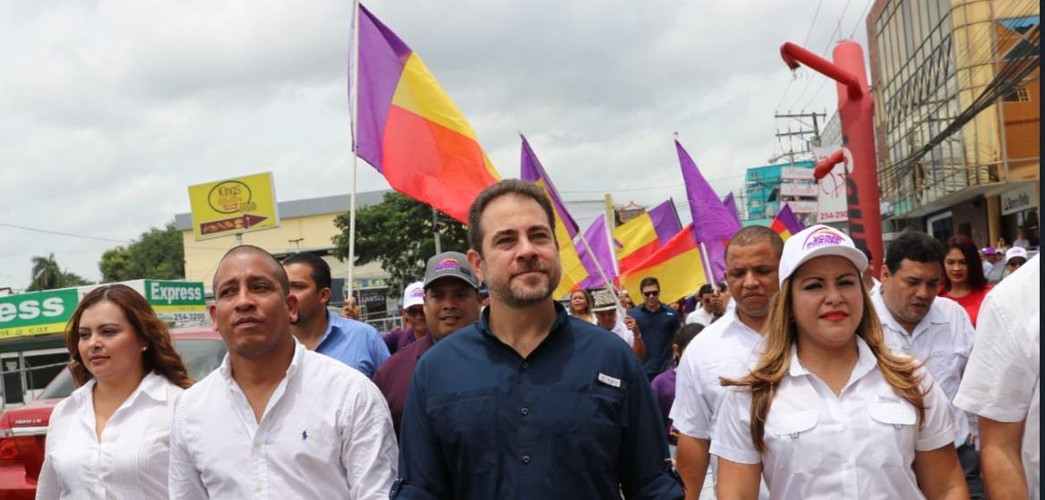 Etchelecu pide la salida de directiva del Panameñismo