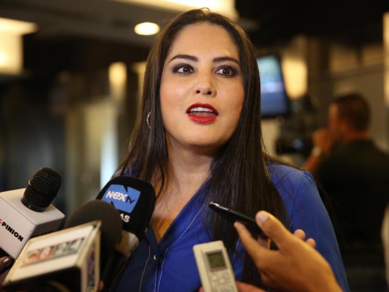 Zulay Rodríguez presenta anteproyecto para deportar extranjeros que insulten a panameños