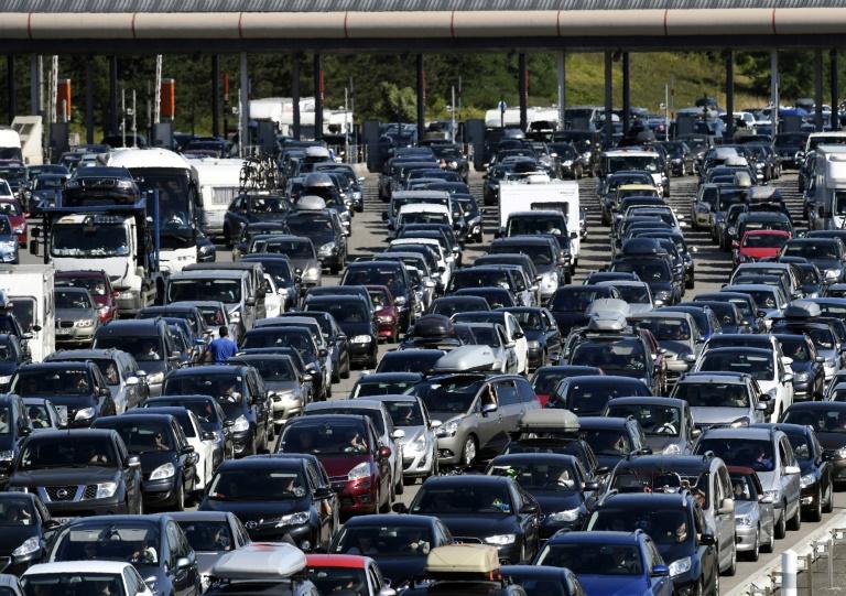 Los coches diésel resisten en 2018 pero siguen condenados