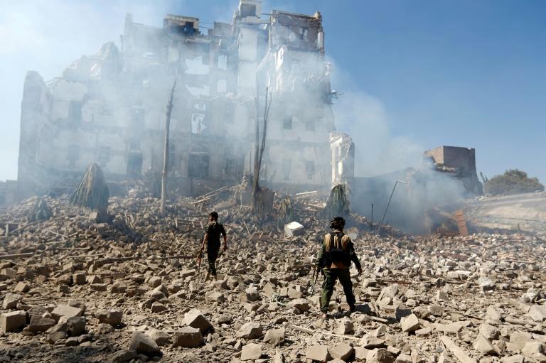 """Nuevas conversaciones para tratar de poner fin a la """"sucia guerra"""" de Yemen"""