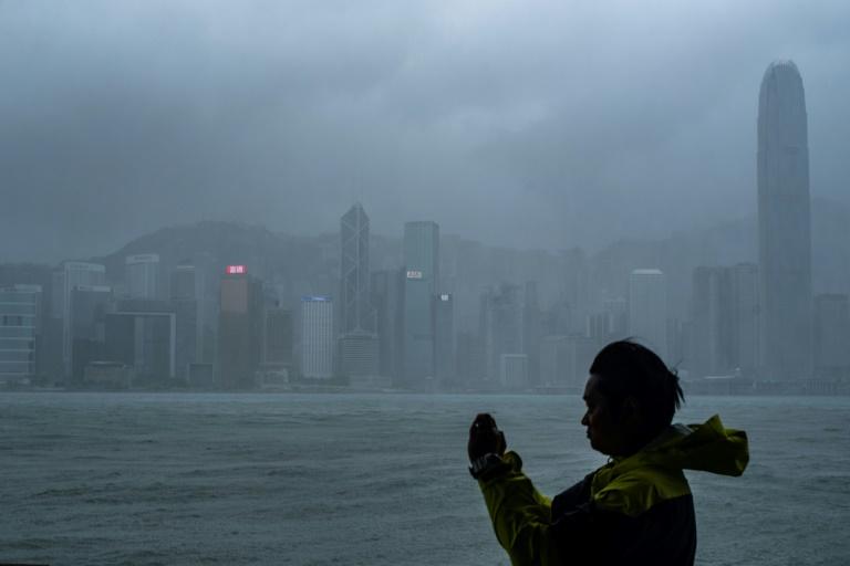 Tifón In-Fa barre el este de China tras devastadoras inundaciones